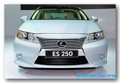 Начались продажи нового поколения Lexus ES250